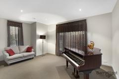Sheer-of-Tiff-piano